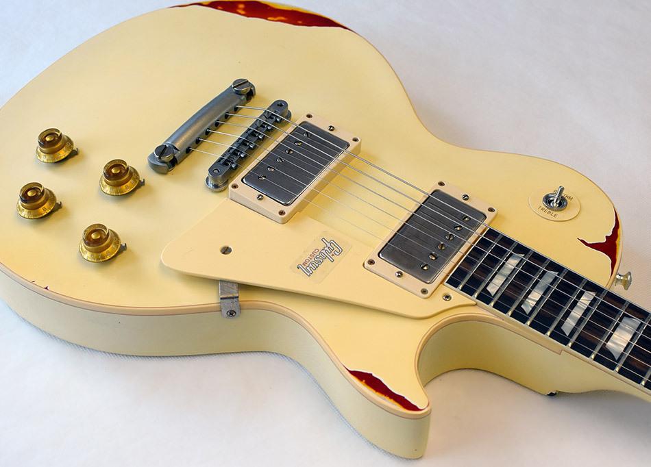 Gibson Les Paul Standard White over Sunburst LTD - station music